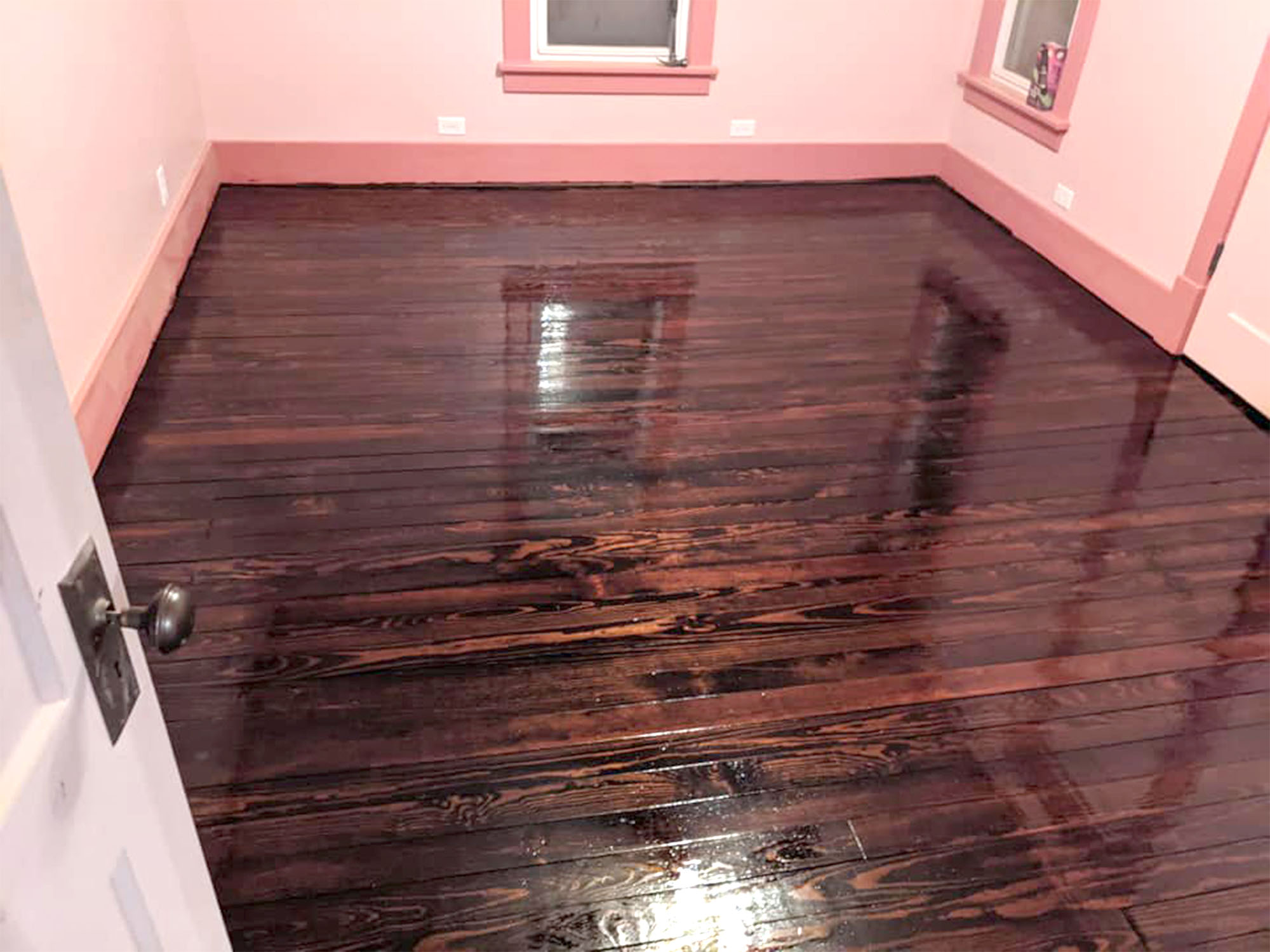 finished hardwood floor